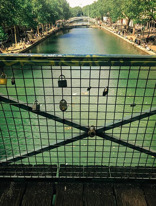 Canal Saint Martin Paris Sentier de grande randonnée