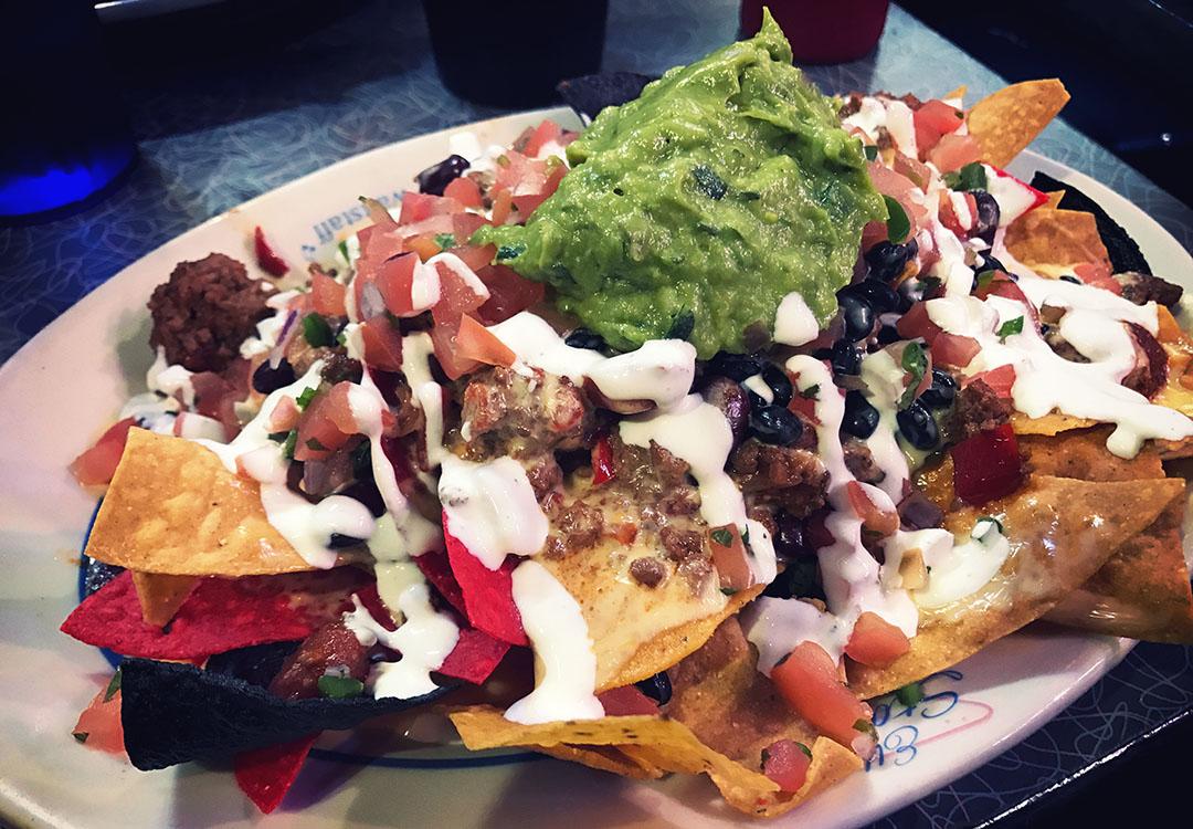Ellen's stardust diner nachos best food restaurant