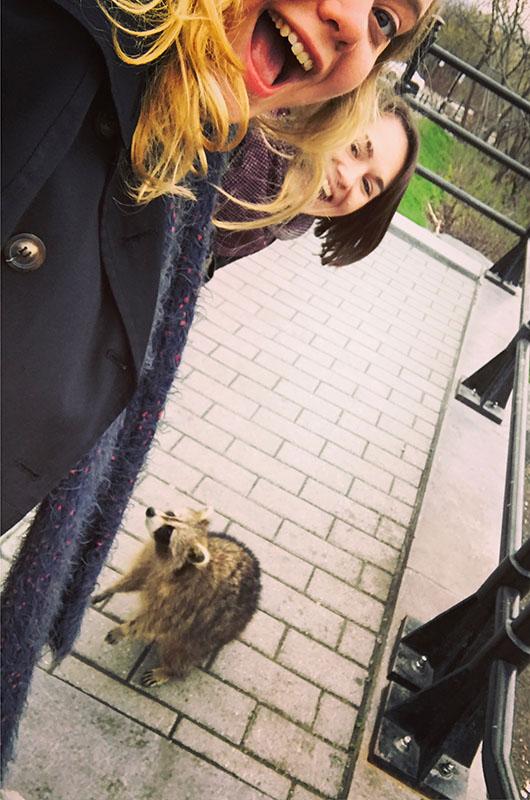 Justine Expatriée Française Montreal Canada Quebec Street Style Interview Raton Laveur amies moi voyageuse heloise