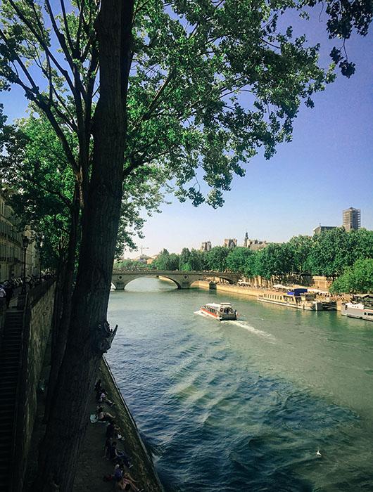 Quais de seine Paris Sentier de grande randonnée