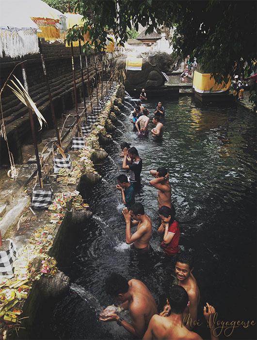 Temple tirta empul ubud bali indonésie